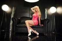 Britney Amber Hot Pink